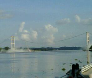 jembatan_mahakam.jpg